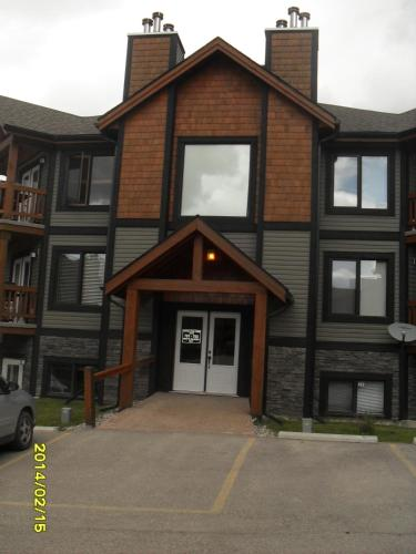 Luxury Radium Condo - Copper Horn Towne - Radium Hot Springs, BC V0A 1M0