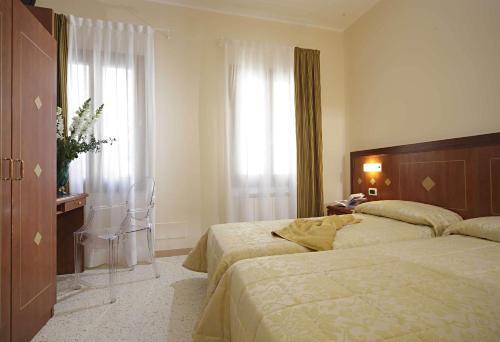 Hotel Adriatico photo 1