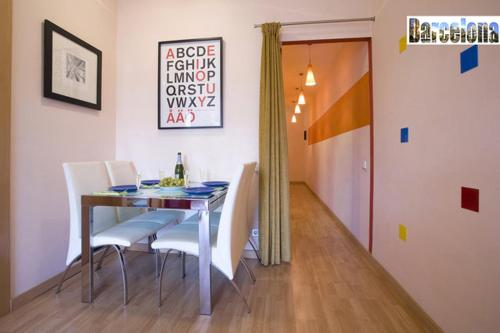 Barcelona Centric Apartment photo 10