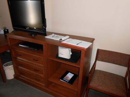 AmericInn Lodge and Suites McAlester Photo