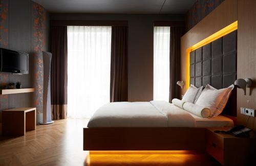 Amadi Park Hotel photo 13