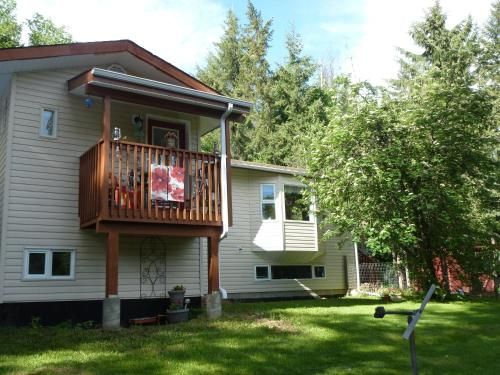 Woodcrest Bed And Breakfast - Clearwater, BC V0E 1N2