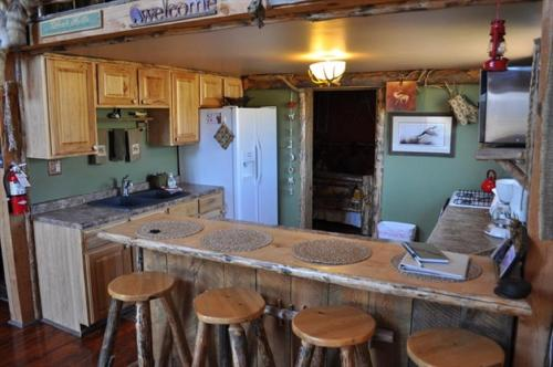Trappers Cabin - Hot Springs, SD 57747