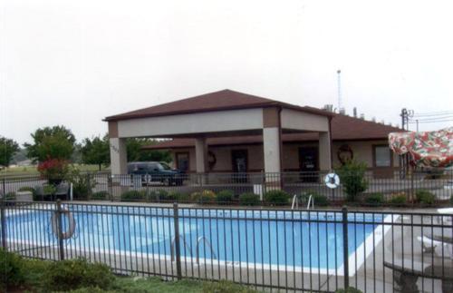 Briarwood Inn Of Geneva - Geneva, AL 36340