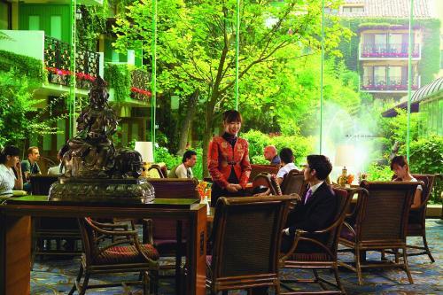 Jianguo Hotel photo 6