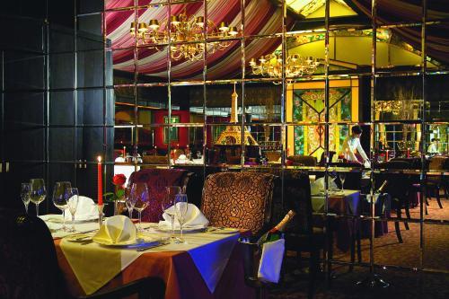 Jianguo Hotel photo 9