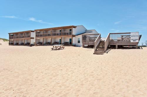 John Yancey Oceanfront Inn Photo