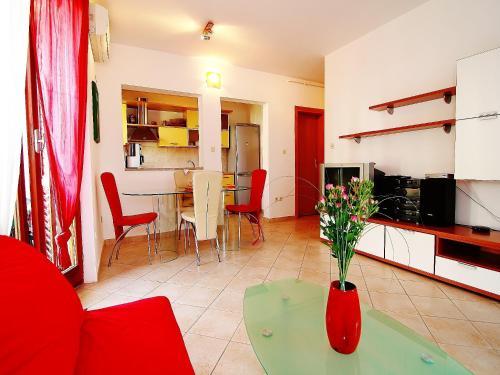 Apartment More 197