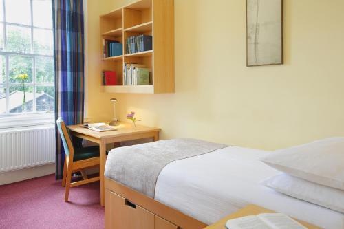 Trinity College - Campus Accommodation photo 11