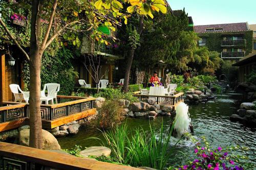 Jianguo Hotel photo 17