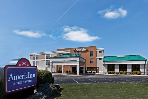 AmericInn Hotel & Suites Indianapolis NE Photo