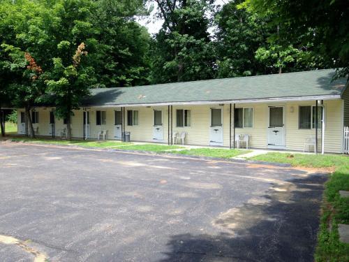 Elmwood Motor Lodge Photo
