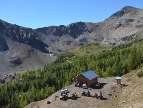 Panorama Mountain Resort - Ski Tip / Tamarack Condos - Panorama, BC V0A 1T0