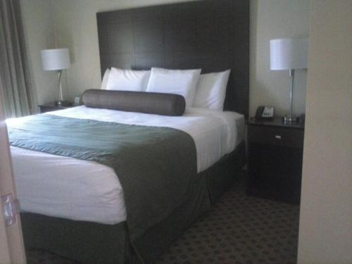 Cobblestone Inn And Suites - Avoca - Avoca, IA 51521