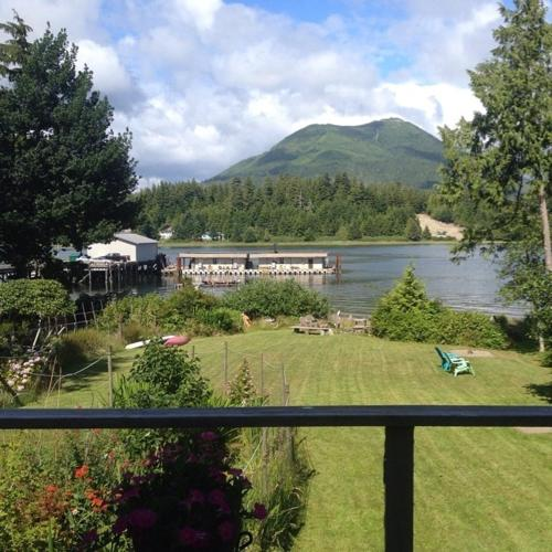 Namaste Bed And Breakfast - Ucluelet, BC V0R 3A0