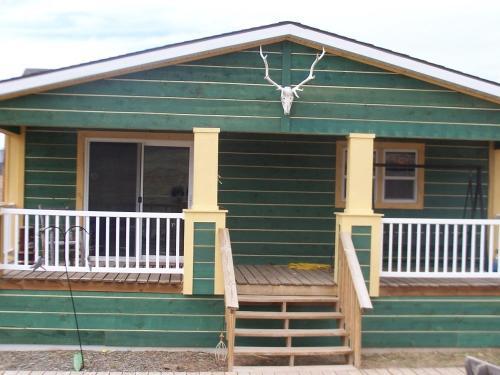 Ridge View Cabin - Hot Springs, SD 57747