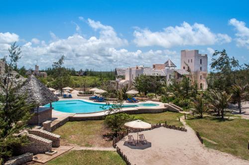 Lonno Lodge Hotel, 390 Kanani Road, Watamu 80202, Kenya.