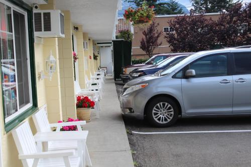 Best Continental Motel - Hope, BC V0X 1L0