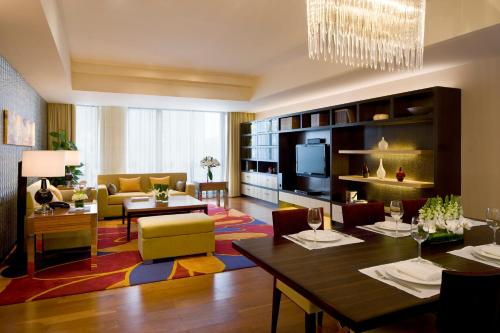 The Sandalwood Beijing Marriott Executive Apartments photo 1
