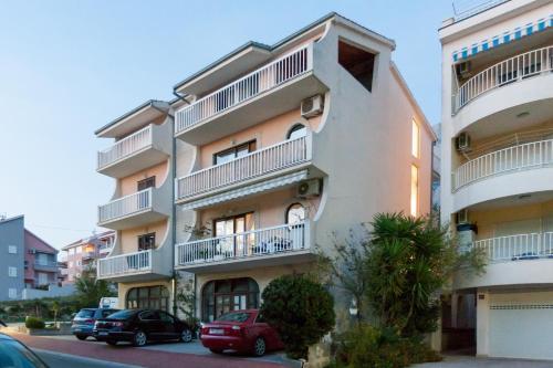Apartments Paola