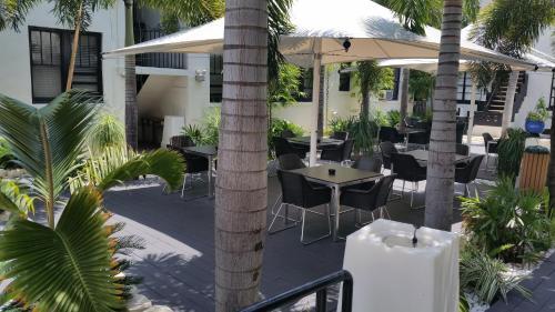 South Beach Plaza Hotel Photo