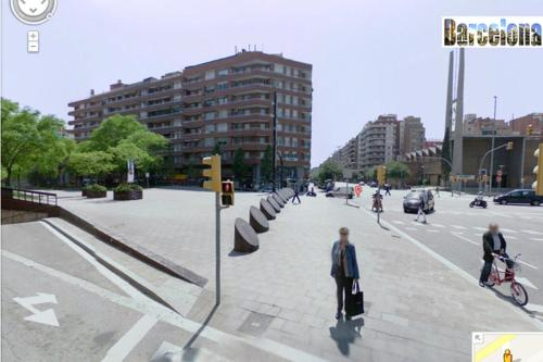 Barcelona Centric Apartment photo 12