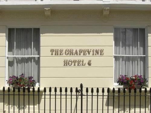 The Grapevine Hotel photo 2
