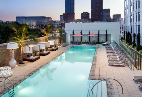 Residence Inn by Marriott Los Angeles L.A. LIVE Photo