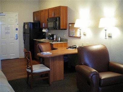 Candlewood Suites Fort Stockton - Fort Stockton, TX 79735
