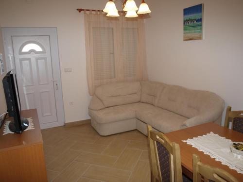 Apartments Pecnik