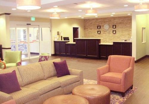 Comfort Inn & Suites Dothan - Dothan, AL 36302