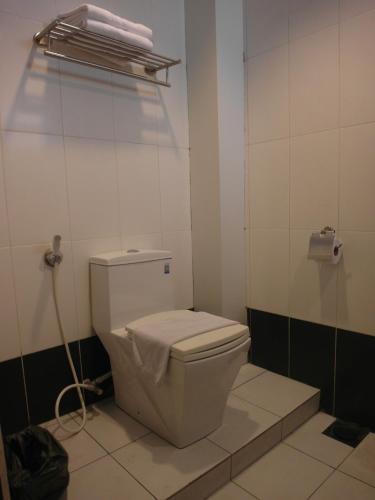 Le Hotel Kota Kinabalu photo 2