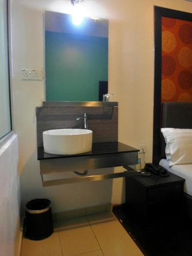 Le Hotel Kota Kinabalu photo 5