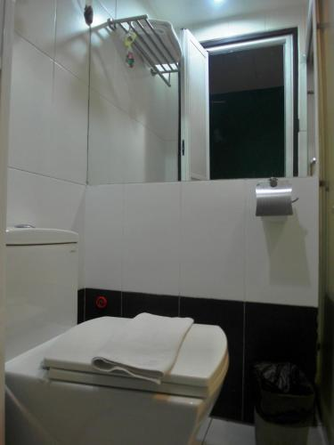 Le Hotel Kota Kinabalu photo 20