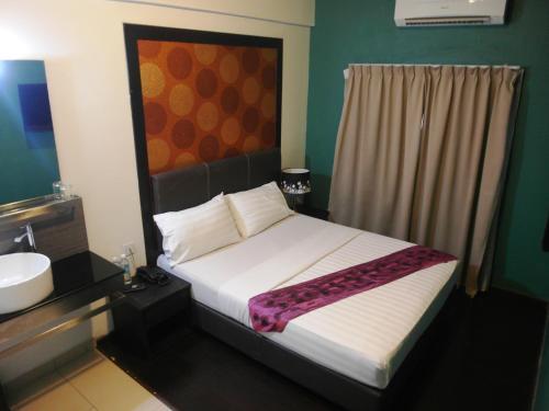 Le Hotel Kota Kinabalu photo 23
