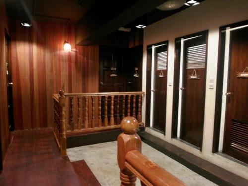 Le Hotel Kota Kinabalu photo 37
