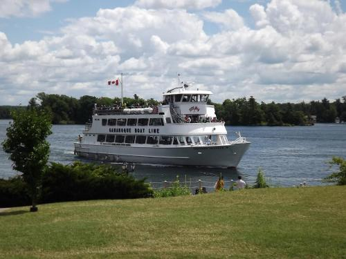 Imperial Inn 1000 Islands - Gananoque, ON K7G 1H1