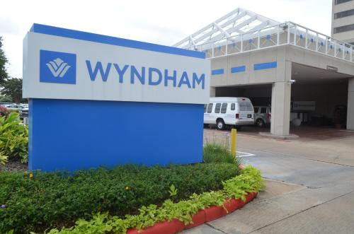 Wyndham Houston West Energy Corridor photo 28