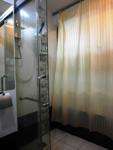 Le Hotel Kota Kinabalu photo 56