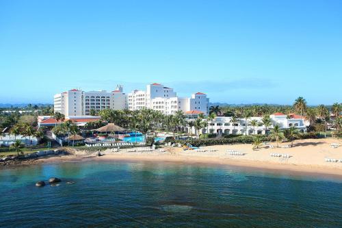 Emby Suites By Hilton Dorado Del Mar Beach Resort Hotel