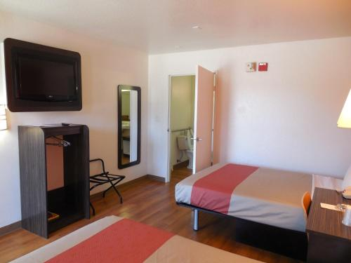 Motel 6 San Diego - Chula Vista - Chula Vista, CA 91910