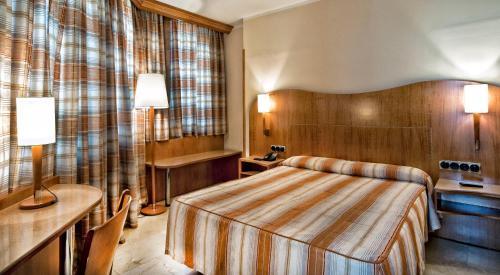 Hotel Aristol - Sagrada Familia photo 6
