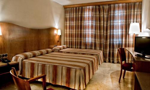Hotel Aristol - Sagrada Familia photo 12