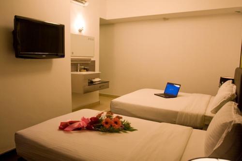 Le Hotel Kota Kinabalu photo 63