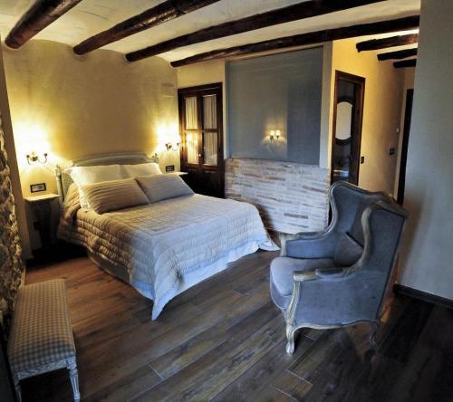 Habitación Doble Estándar con vistas Hotel Real Posada De Liena 8