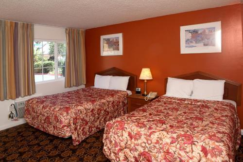 Granada Inn photo 29