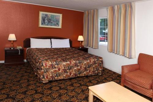 Granada Inn photo 30