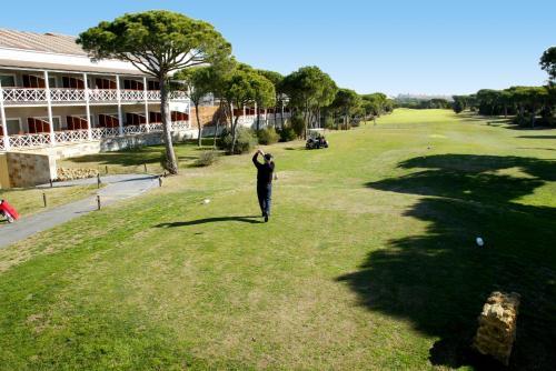 Zweibettzimmer mit Green Fee Hotel Nuevo Portil Golf 8