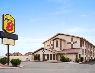 Super 8 Carlsbad NM Photo
