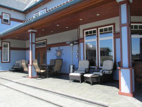 Mansion Inn Lake Stevens - Lake Stevens, WA 98258